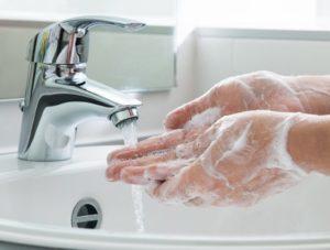 Как делать массаж век в домашних условиях